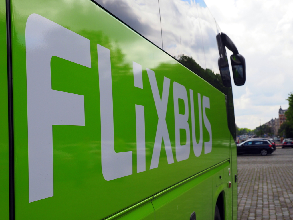 flixbus lance la ligne lyon clermont ferrand bordeaux comparabus blog. Black Bedroom Furniture Sets. Home Design Ideas