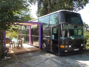 le top des bus les plus insolites en france comparabus blog. Black Bedroom Furniture Sets. Home Design Ideas