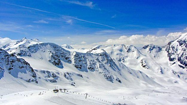Ligne de bus stations de ski Ouibus, Isilines, Flixbus
