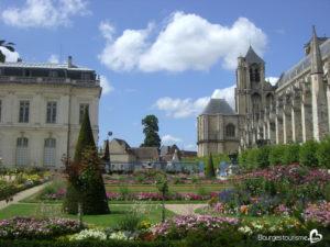 Jardin de l'archevêché à Bourges